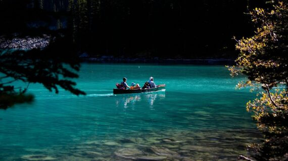 Family in canoe on Moraine Lake