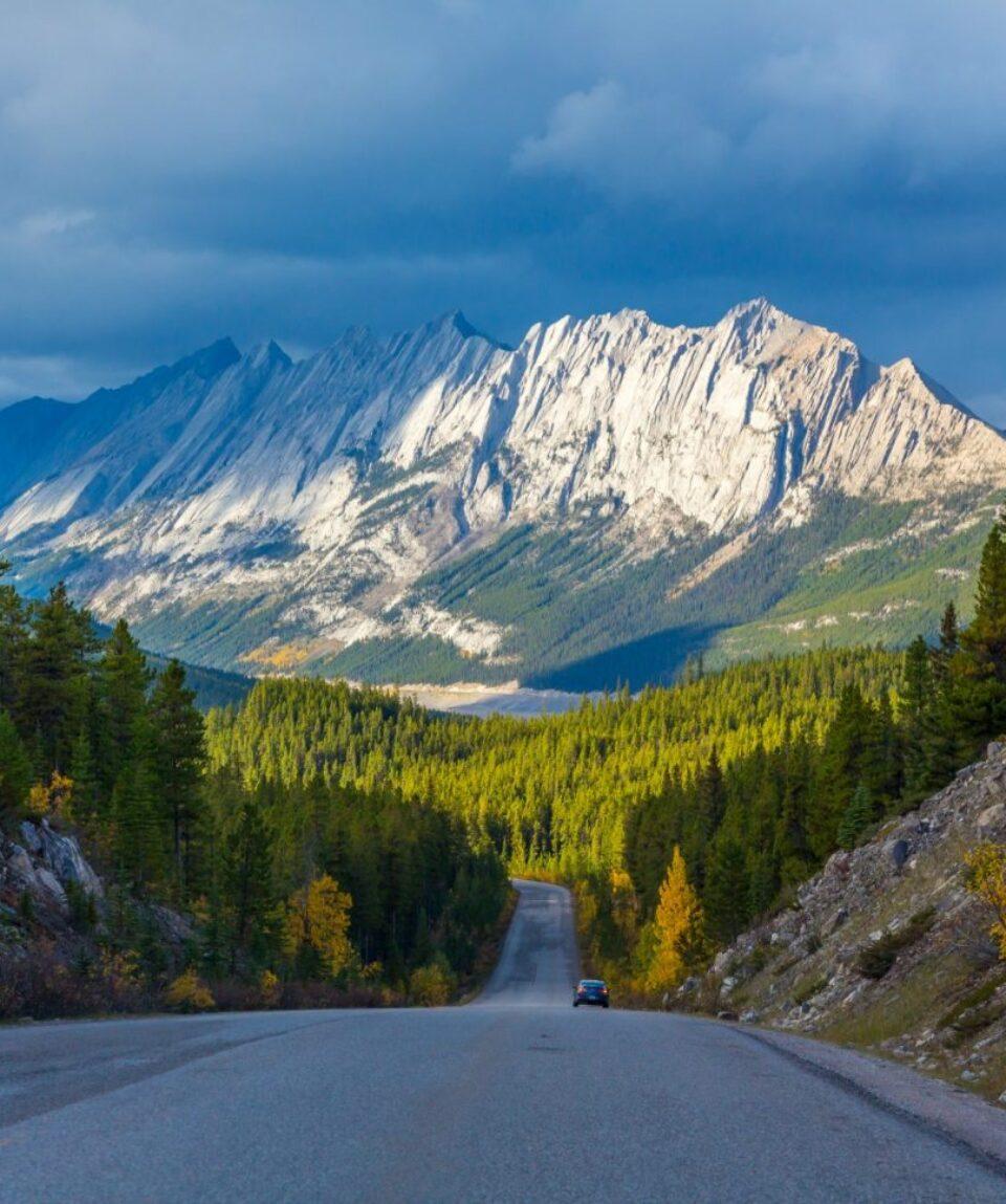 Icefield Parkway in Jasper National Park