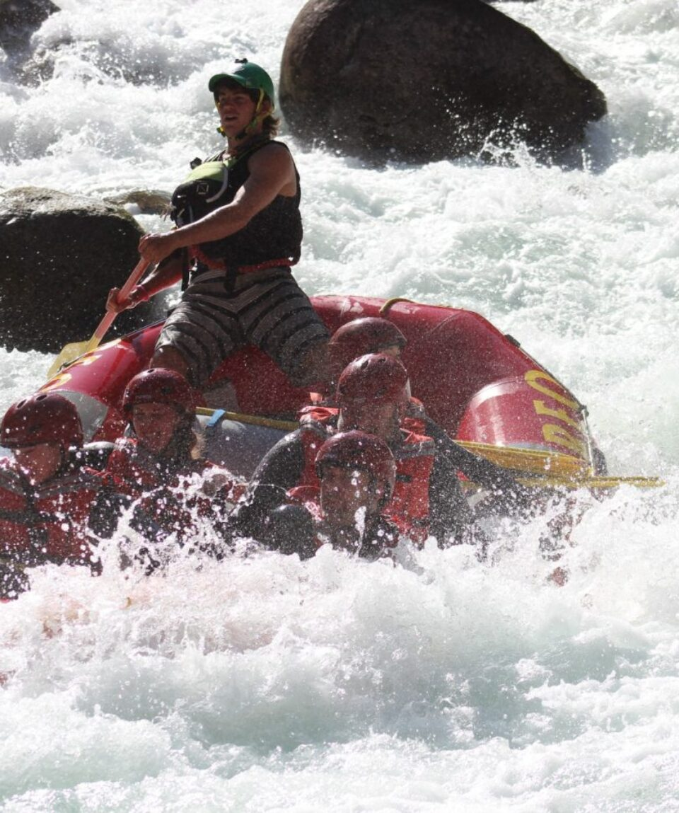 Rafting on Nahatlach River