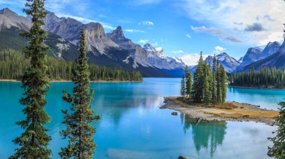 Spirit Island in Maligne Lake, Jasper National Park